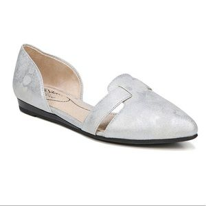 LifeStride | Silver Quinta Pointed Ballet Flats